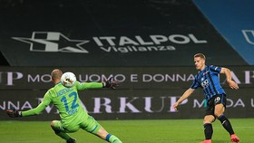 Atalanta đè bẹp Brescia với tỷ số một ván tennis