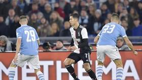 Ronaldo có cơ hội ghi bàn trước hàng thủ sa sút của Lazio