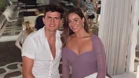 Harry Maguire và bạn gái Fern Hawkin