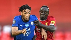 Liverpool sẽ chạm trán Chelsea ngày 19-9 ở Stamford Bridge.