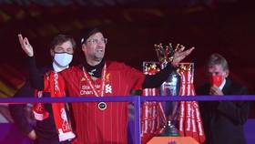 Jurgen K;lo[pp trong ngày đ0ăng quang cùng Liverpool