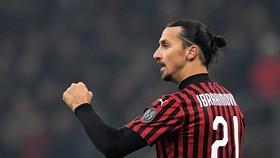 Zlatan Ibrahimovic vẫn tỏa sáng với Milan
