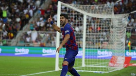 Muốn Suarez ra đi, Barca phải chi bộn tiền