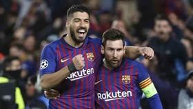 Messi: Suarez không đáng bị đá ra như cách Barcelona đã làm