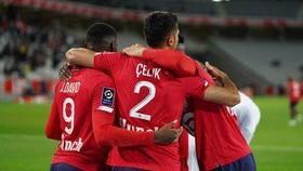 Lille vẫn bất khả chiến bại