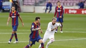 Kết quả và xếp hạng La Liga vòng 7: Thắng Barca, Real chiếm ngôi đầu bảng