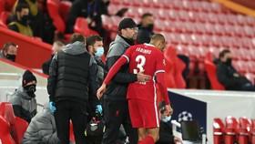 Jurgen Klopp lo lắng ca chấn thương của Fabinho