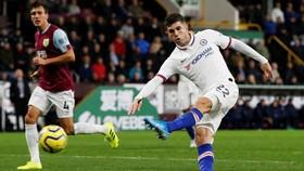 Christian Pulisic ghi hattrick vào lưới Burnley mùa qua