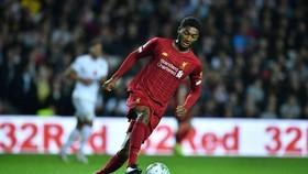 Joe Gomez phẫu thuật đầu gối, Liverpool lại rơi vào cơn khủng hoảng trung vệ