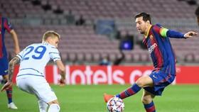 Vắng Messi, Barcelona không dễ thắng chủ nhà Kyiv