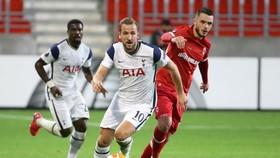 Harry Kane sẽ giúp Tottenham trả món nở thua Antwerp ở lượt đi