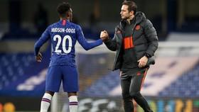 Callum Hudson-Odoi thất vọng khi không được Frank Lampard trọng dụng