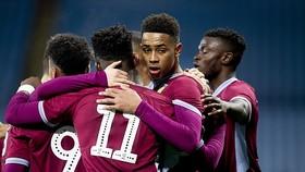 U 23 Aston Villa sẽ đương đầu đội1 Liverpool
