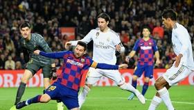 Messi sẽ có cơ hội đáp trả trận thua Kền kền ở lượt đi