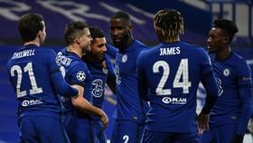 Các cầu thủ Chelsea ăn mừng chiến thắng