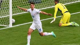 Patrik là chủ nhân Bàn thắng đẹp nhất Euro 2020
