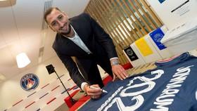 Gianluigi Donnarumma đến PSG theo dạng chuyển nhượng tự do
