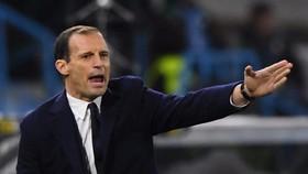 Max Allegri trở lại Turin
