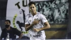 Kaio Jorge của Santos (Brazil)