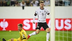 Timo Werner ghi bàn vào lưới Liechtenstein
