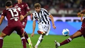 Pha dứt điểm ghi bàn duy nhất của Locatelli