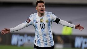 Messi sẽ chơi trên sân Paraguay