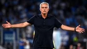 Jose Mourinho lại đổ thừa cho cầu thủ của mình
