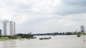 Cảnh quan và không gian kiến trúc hai bên bờ sông Sài Gòn chưa được khai thác để phục vụ phát triển kinh tế