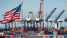 Bộ Thương mại Mỹ nâng tăng trưởng GDP quý 3