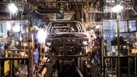 Dây chuyền sản xuất của công ty liên doanh Maruti-Suzuki. (Ảnh: Top Gear)