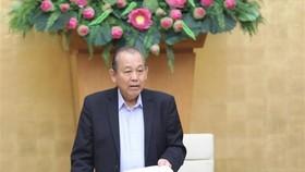 Phó Thủ tướng Thường trực Trương Hòa Bình chủ trì buổi làm việc. (Ảnh: Văn Điệp/TTXVN)