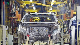 """Việc giảm hàng loạt thuế, phí được kỳ vọng sẽ giúp """"hồi sinh"""" thị trường ôtô đang ế ẩm, ảm đạm"""