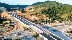 Hạ tầng giao thông tỉnh Quảng Ninh - đường dẫn vào sân bay Vân Đồn, là dẫn chứng sự thành công dự án tư nhân tham gia.
