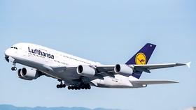 Những gói cứu trợ nhiều tỷ EUR đã được đề xuất để giải cứu Hãng hàng không Lufthansa của Đức.