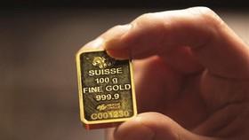 Vàng miếng được bán tại Dublin, Ireland. (Ảnh: AFP/ TTXVN)