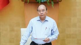 Thủ tướng Nguyễn Xuân Phúc chủ trì cuộc họp - Ảnh: VGP/Quang Hiếu
