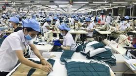"""""""Tăng trưởng xanh"""" trong phát triển ngành dệt may"""