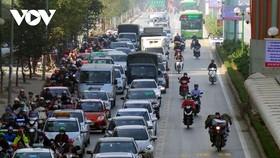 Hà Nội lại đề xuất đường riêng cho xe buýt