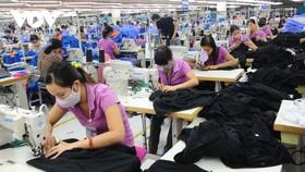 Xuất khẩu dệt may 2020 ước đạt hơn 35 tỷ USD.