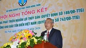 Thứ trưởng Bộ NN-PTNT Phùng Đức Tiến phát biểu tại hội nghị.