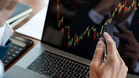 FPTS gặp sự cố, VN Index tiến dần đến mốc 1.200 điểm
