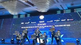7 ngân hàng Việt Nam ra mắt thẻ tín dụng nội địa