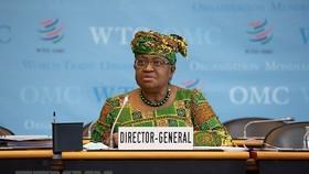Tân Tổng Giám đốc WTO Ngozi Okonjo-Iweala phát biểu tại phiên họp Đại Hội đồng WTO. (Ảnh: THX/TTXVN)
