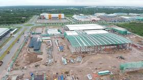 Một nhà máy đang xây dựng tại huyện Nhà Bè. Ảnh minh họa: CAO THĂNG
