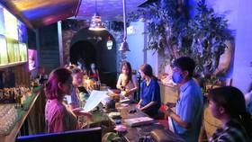 TP.HCM cho phép hoạt động trở lại quán bar, karaoke, vũ trường