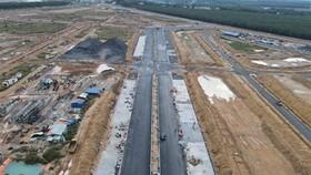 Khu tái định cư Lộc An-Bình Sơn đang trong quá trình xây dựng. (Ảnh: Công Phong/TTXVN)