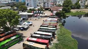 Toàn cảnh lấn chiếm sông Bình Triệu của 2 bãi xe 391 và 397 Đinh Bộ Lĩnh, P.26, Q.Bình Thạnh, TP.HCM