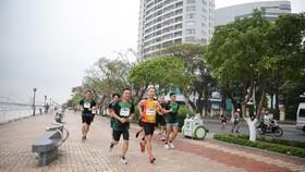 """2.000 VĐV tham gia giải chạy """"Just Run - Vì một Việt Nam khỏe mạnh và thịnh vượng"""""""