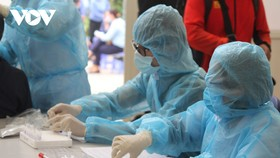 Đã có 50 ca dương tính SARS-CoV-2 từ ổ dịch BV Bệnh Nhiệt đới T.Ư