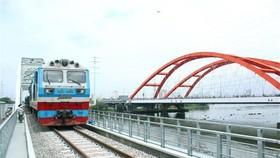 Đường sắt Bắc-Nam chỉ duy trì chạy 3 đôi tàu khách Thống nhất